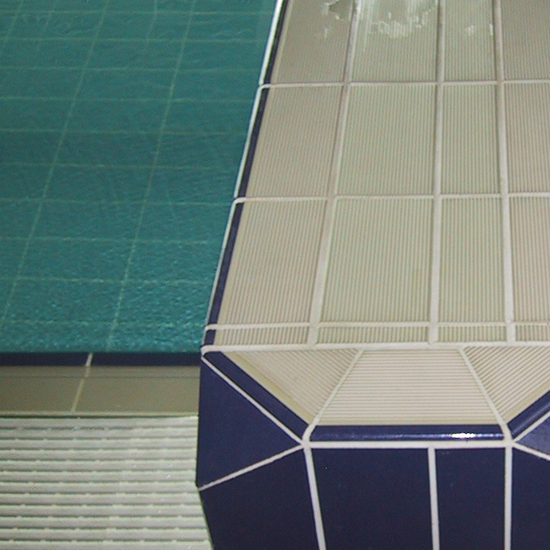 Pool tile 3130 -ivory ribbed in use