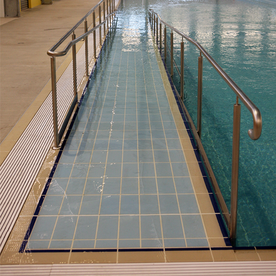 Pool tile 718 -light blue antiskid in use